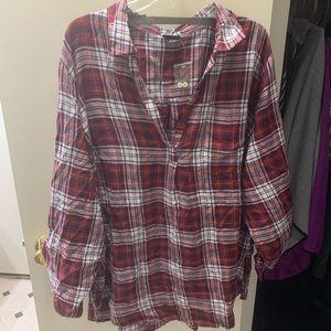 Torrid shirt size 4